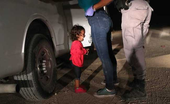 migrant-children-at-texas-shelter-afp_625x300_1529203361042